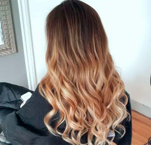 cabello pintado con color miel balayage