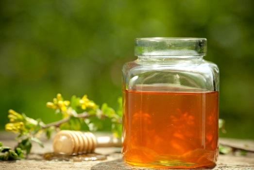 la miel no estriñe te ayuda