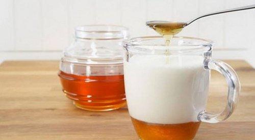 mezcla de leche y miel