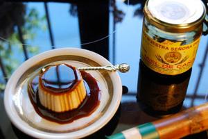 flan con miel de caña
