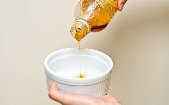 utiliza la miel como champú